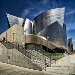 Walt Disney Concert Hall (Frank Gehry 2003).